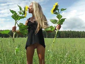 Sonnenblumen & geiler Fick im Wald