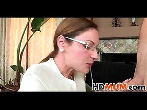 Mum makes my cock hard