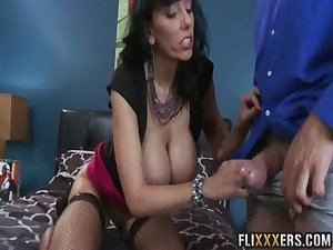 Sweet mommy pussy Alia Janine 91